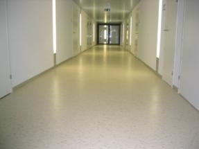 Linoleum in Korridor Pflegeheim